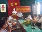 Chi bộ trường THPT Quỳnh Lưu 2 tổ chức lễ kết nạp Đảng viên mới